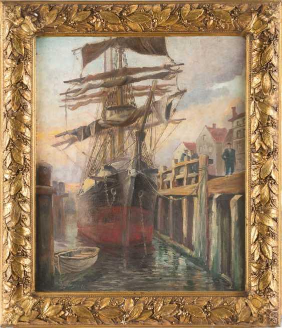 Ship on the quay - photo 2
