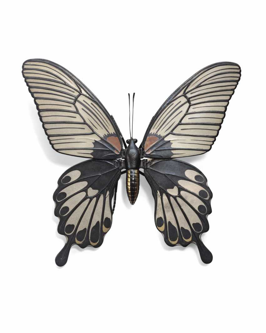 A SOFT-METAL-INLAID ARTICULATED SCULPTURE OF A BUTTERFLY - photo 1
