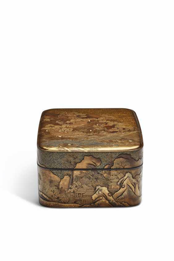 A LACQUER ACCESSORY BOX (TEBAKO) - photo 1