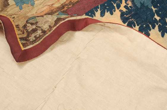 Tapestry-Fragment - photo 9