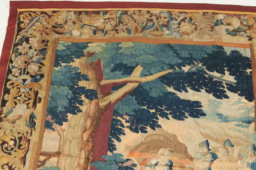 Tapestry-Fragment - photo 10
