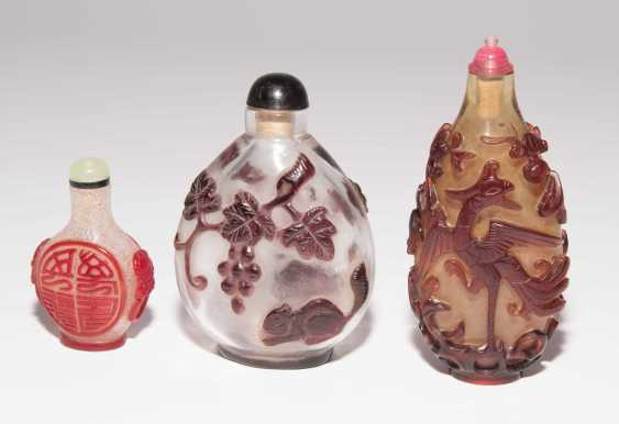 6 flashed glass snuff bottles - photo 5