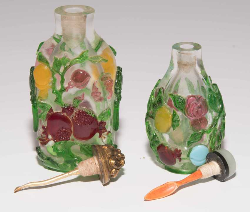 5 flashed glass snuff bottles - photo 13
