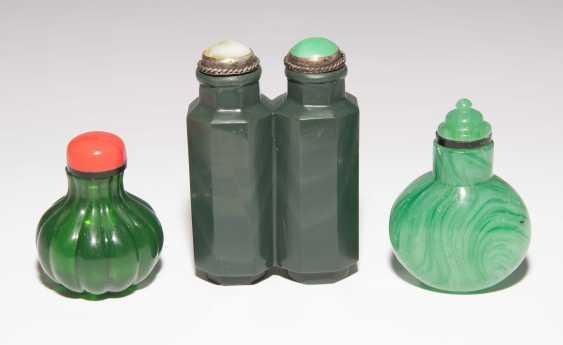 8 Snuff Bottles - photo 8