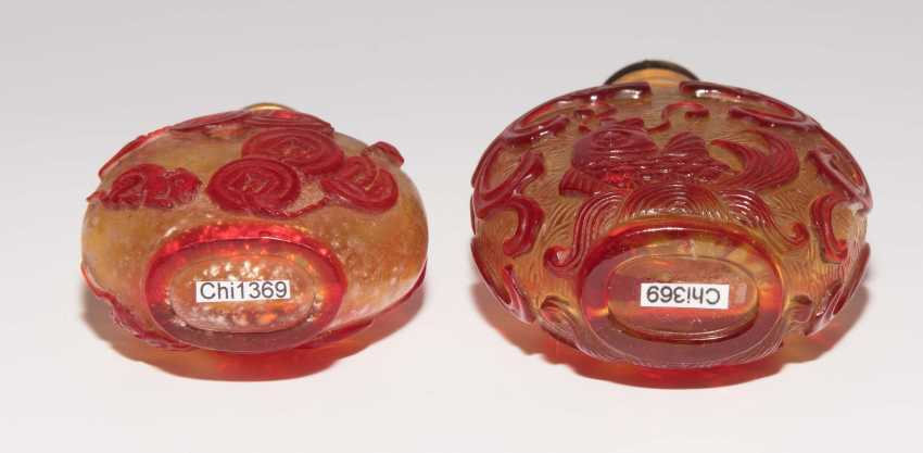 5 flashed glass snuff bottles - photo 12