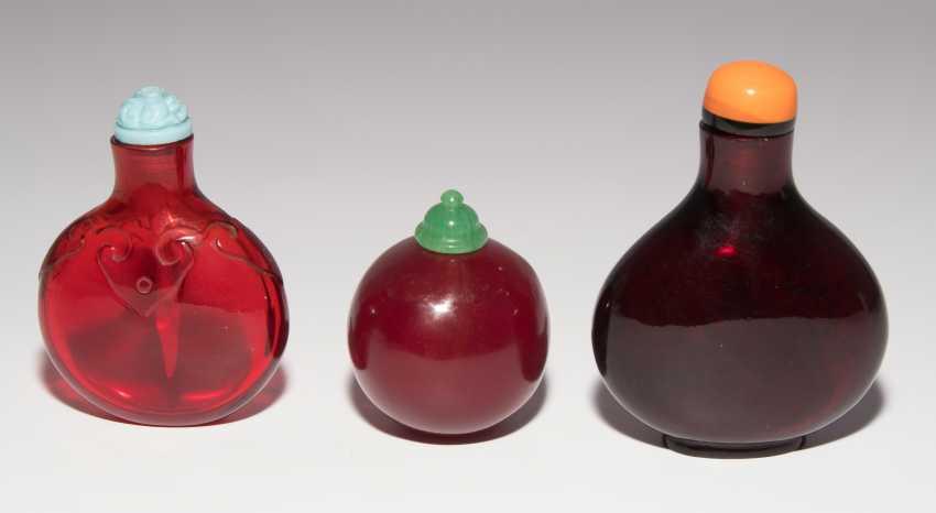 7 Snuff Bottles - photo 2