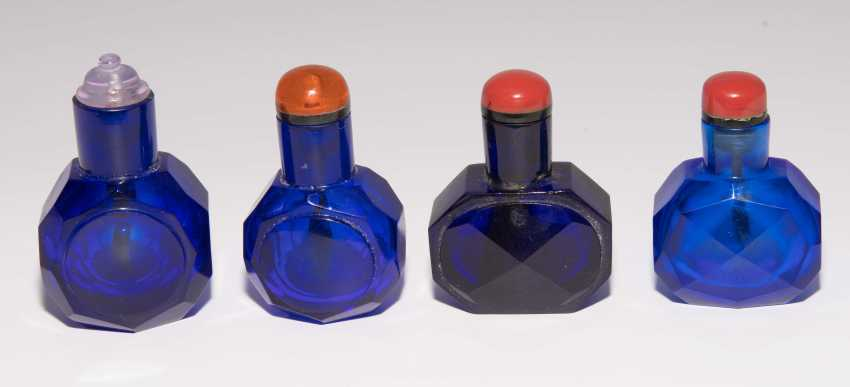 12 kleine Snuff Bottles - photo 16