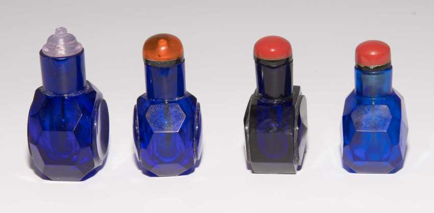 12 kleine Snuff Bottles - photo 17