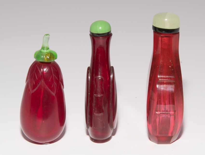 6 Snuff Bottles - photo 8