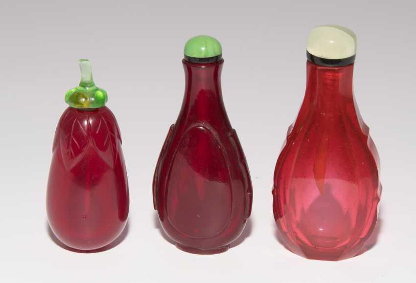 6 Snuff Bottles - photo 9