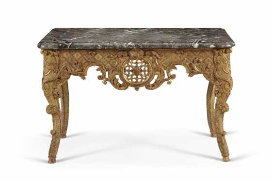 UNE TABLE D'APPOINT REGENCE GILTWOOD - photo 1