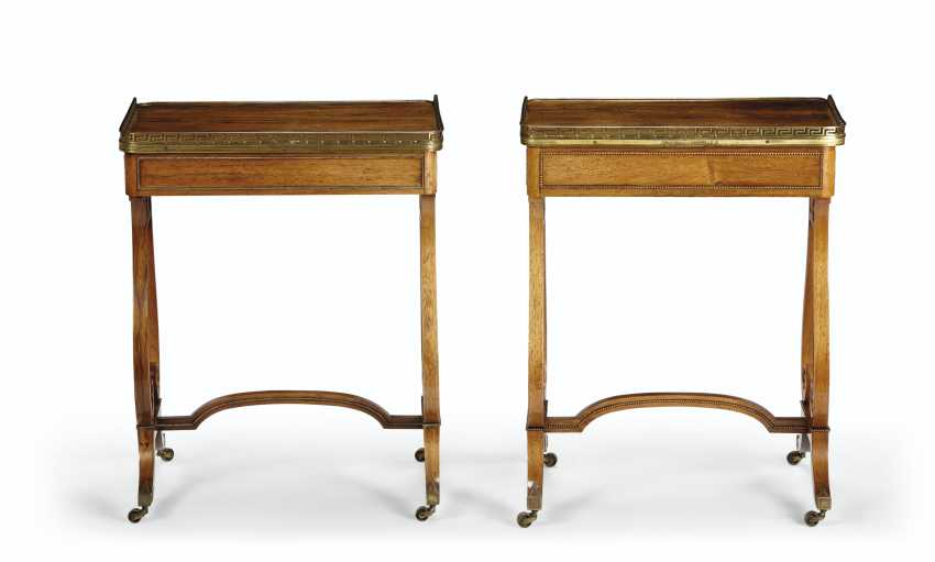 A NEAR PAIR OF REGENCY BRASS-MOUNTED INDIAN ROSEWOOD LIBRARY TABLES - photo 2