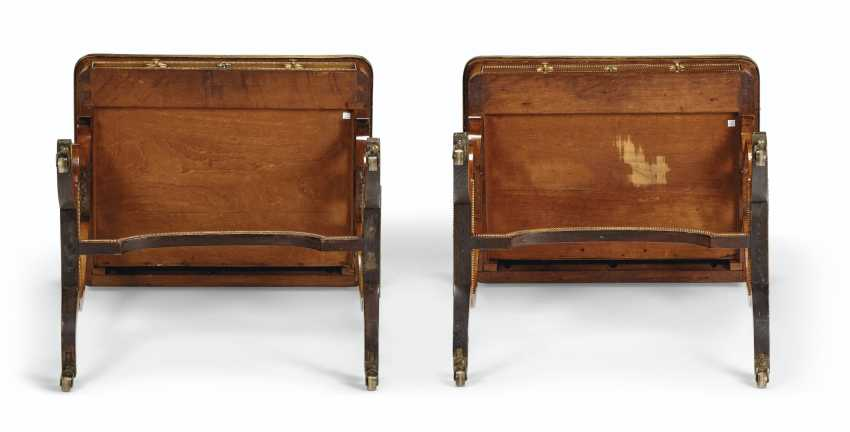 A NEAR PAIR OF REGENCY BRASS-MOUNTED INDIAN ROSEWOOD LIBRARY TABLES - photo 4