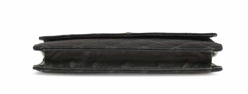 A BLACK SATIN CLUTCH - photo 4