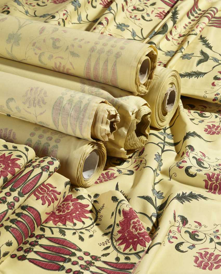 A LARGE QUANTITY OF INDIAN PATTERN POLYCHROME PRINTED YELLOW COTTON FABRIC - photo 1