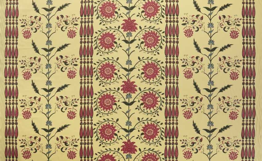 A LARGE QUANTITY OF INDIAN PATTERN POLYCHROME PRINTED YELLOW COTTON FABRIC - photo 2