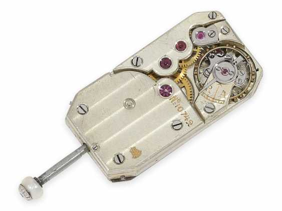 Wrist watch: extremely rare Art Deco ladies watch with stones and an engraved glass insert, probably Lalique / Verger Freres around 1925 - photo 6