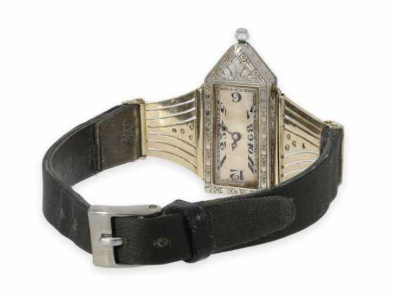 Wrist watch: extremely rare Art Deco ladies watch with stones and an engraved glass insert, probably Lalique / Verger Freres around 1925 - photo 7