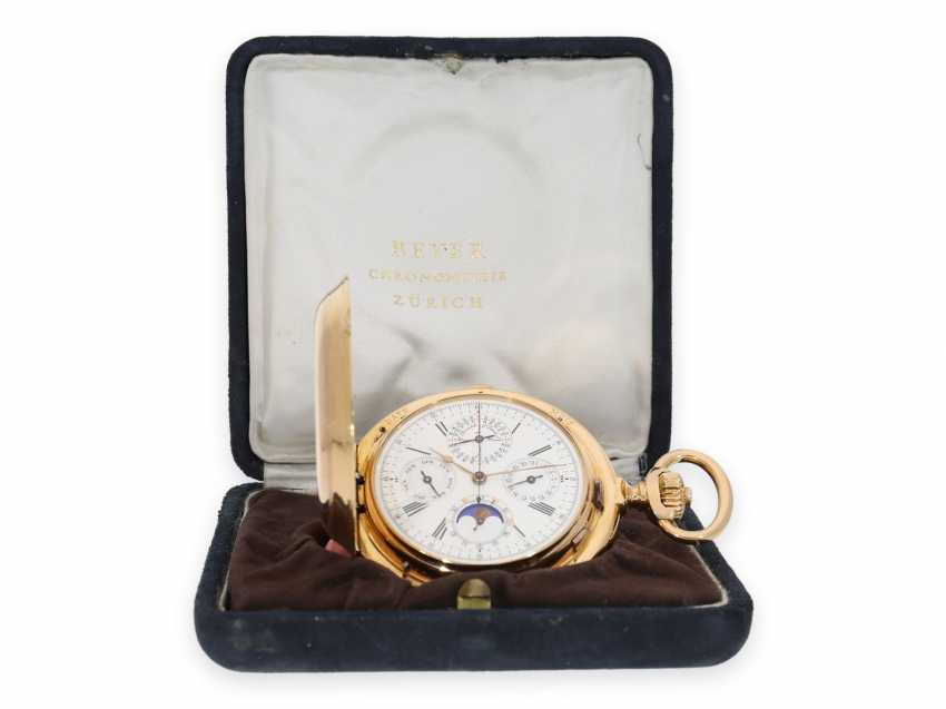 Pocket watch: Museale Le Coultre gold savonnette with minute repeater, perpetual calendar and chronograph, made for Beyer Zurich with signed box, exceptional quality, around 1900 - photo 11