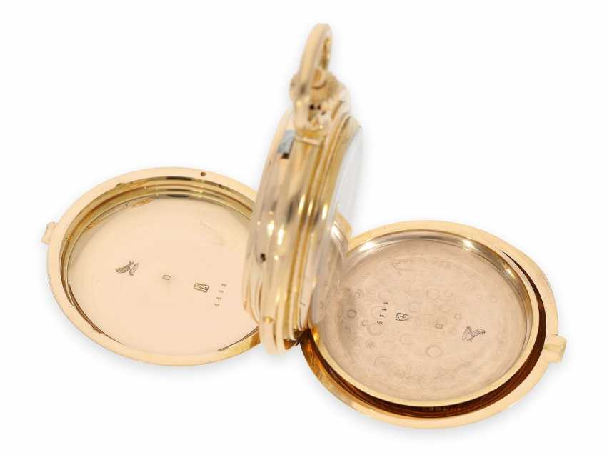 Pocket watch: Museale Le Coultre gold savonnette with minute repeater, perpetual calendar and chronograph, made for Beyer Zurich with signed box, exceptional quality, around 1900 - photo 17