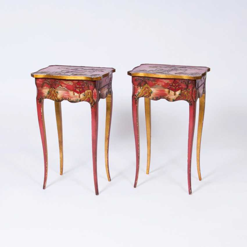 Pair of side tables with chinoiseries - photo 1