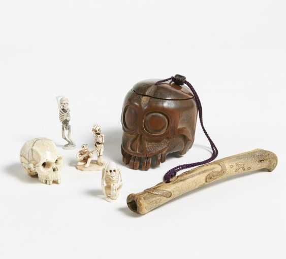 Five vanitas objects - photo 4
