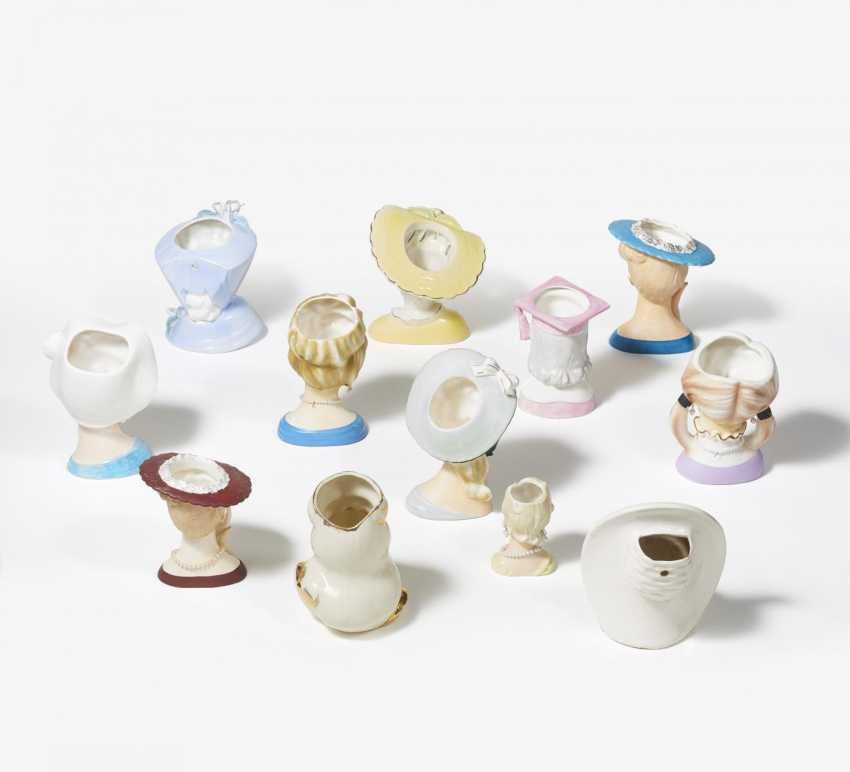 Twelve porcelain head vases for young women - photo 2