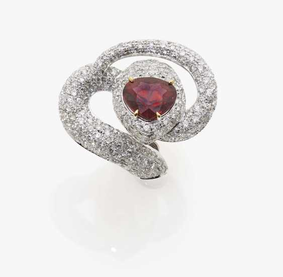 Ring with red tourmaline and diamonds - photo 1