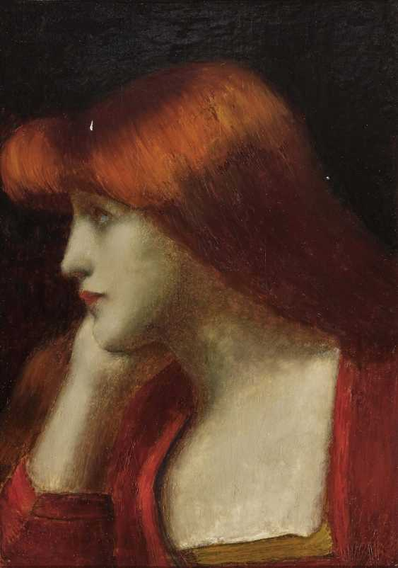 Young woman in profile - photo 1