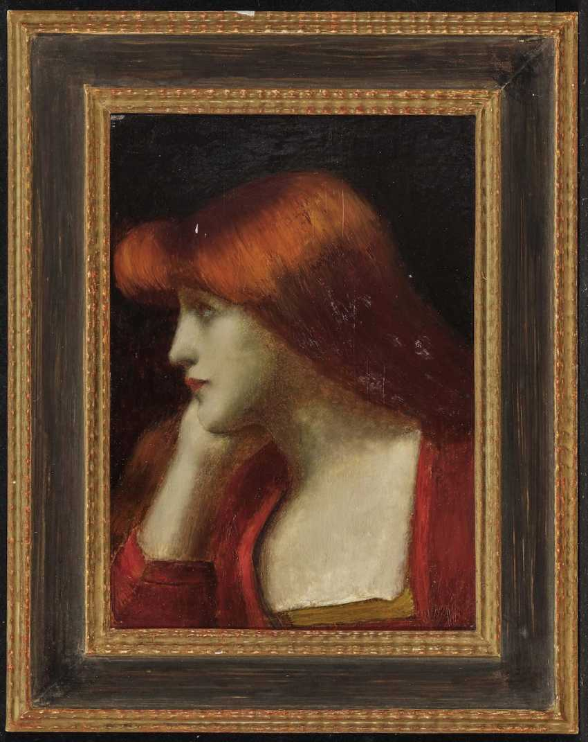 Young woman in profile - photo 2