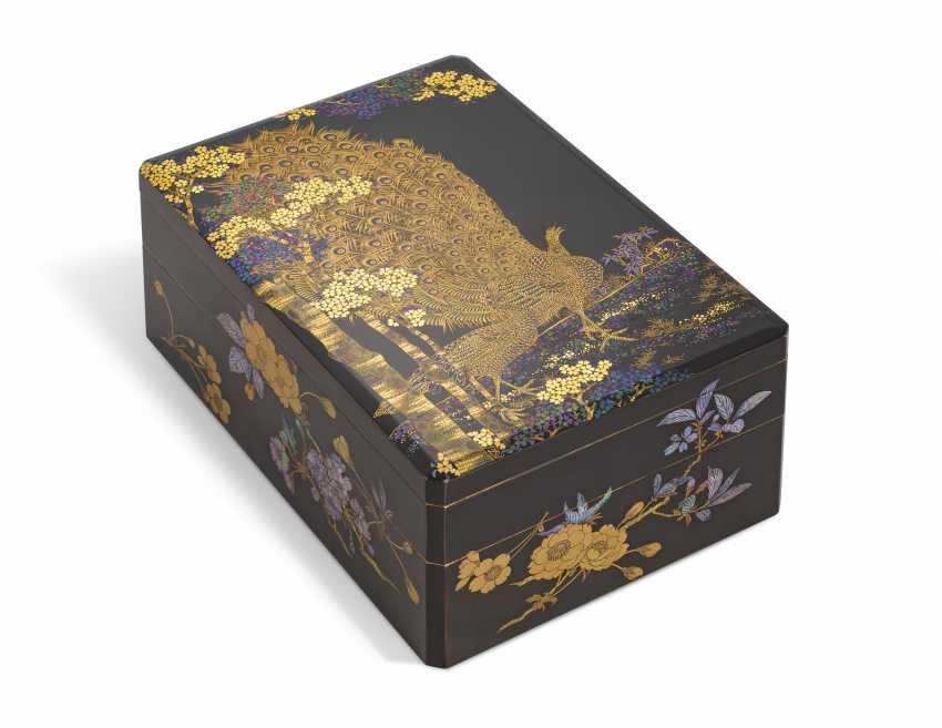 A TWO-TIERED SOMADA WRITING BOX (SUZURIBAKO) - photo 1