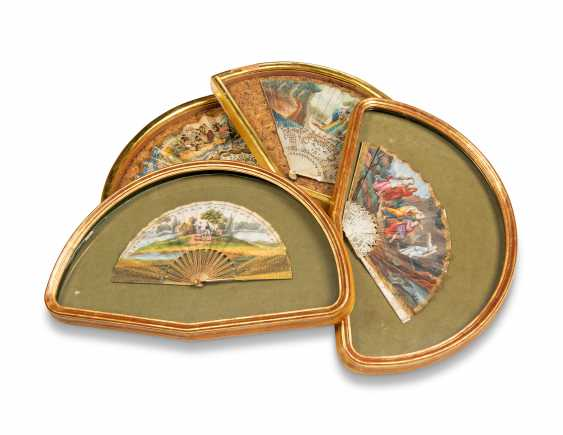 FOUR FANS FROM THE MESSEL-ROSSE FAN COLLECTION: FOUR GILTWOOD CASED FANS - photo 1