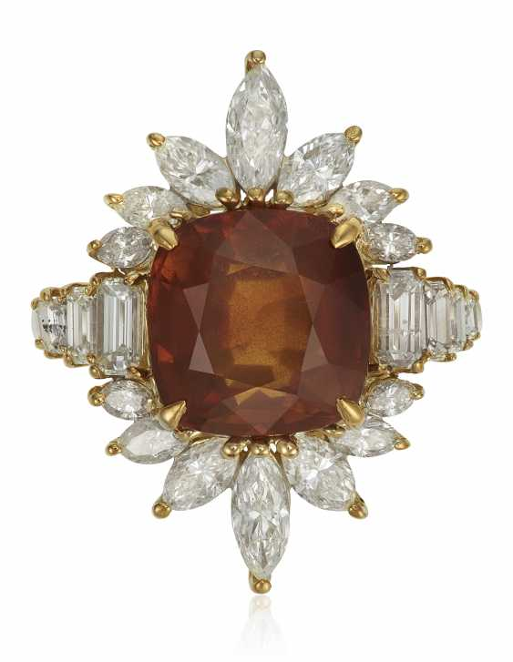 BROWNISH ORANGE SAPPHIRE AND DIAMOND RING WITH AGL SAPPHIRE BRIEF - photo 1