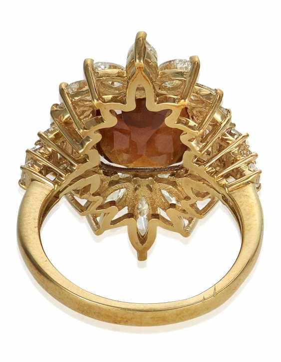 BROWNISH ORANGE SAPPHIRE AND DIAMOND RING WITH AGL SAPPHIRE BRIEF - photo 3