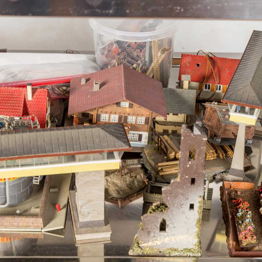 VOLLMER, KIBRI, among other things, bundle of buildings and tunnels for the railway system, gauge H0, - photo 5