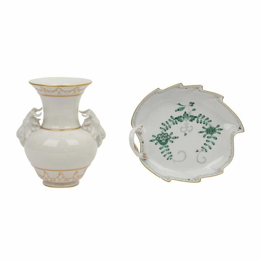2 parts porcelain: MEISSEN and KPM, 20th century: - photo 1