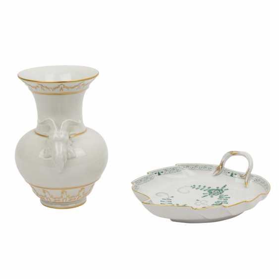 2 parts porcelain: MEISSEN and KPM, 20th century: - photo 2