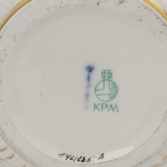 2 parts porcelain: MEISSEN and KPM, 20th century: - photo 3