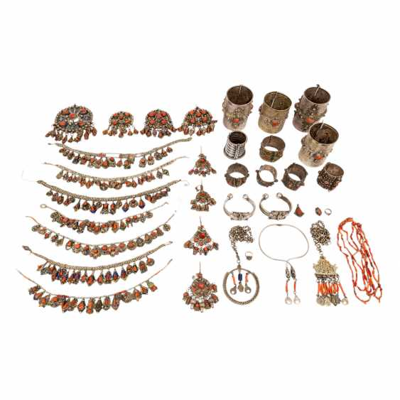 Collection of Kabyle Berber jewelry. NORTH EAST ALGERIA, 36 pieces - photo 1