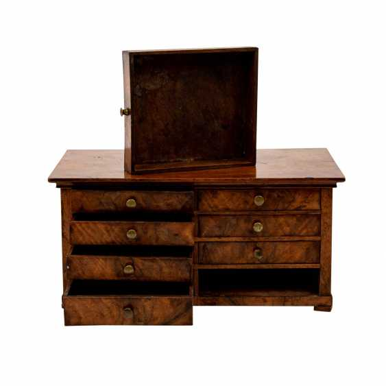 MODEL CHEST OF DRAWERS - photo 2