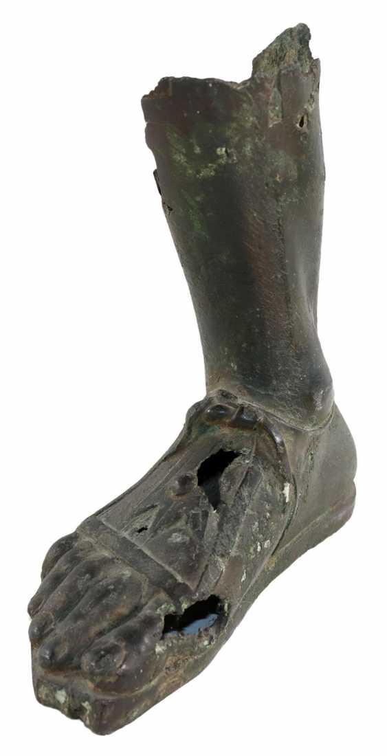 Bronze foot, roman, - photo 1