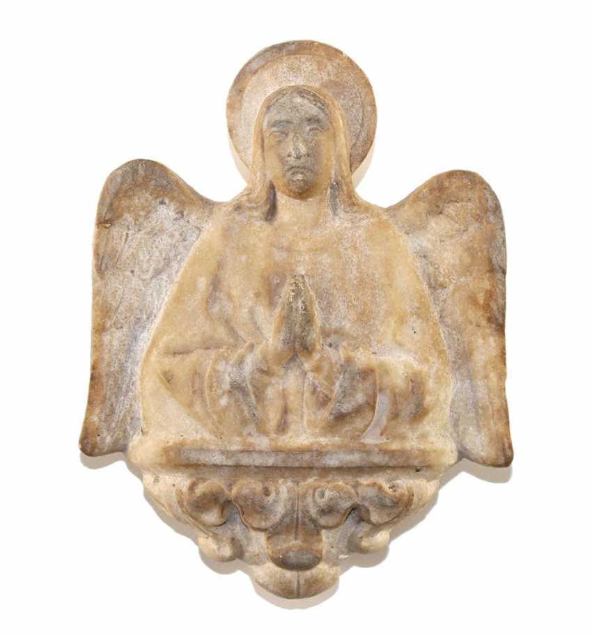 Archangel praying. - photo 1