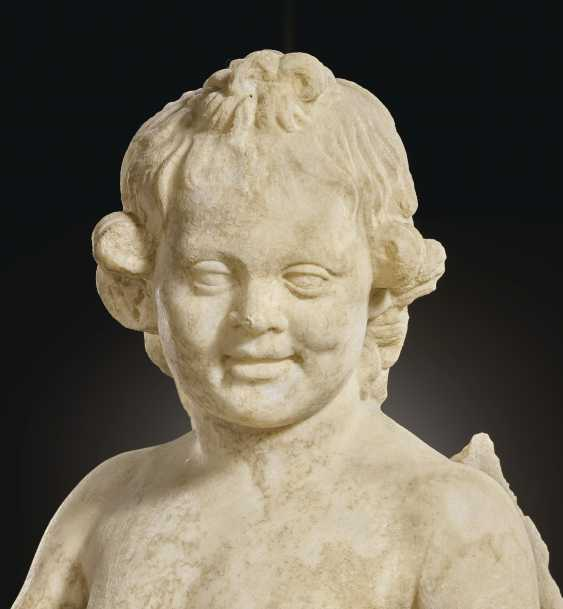 A ROMAN MARBLE EROS WITH A SHELL - photo 6