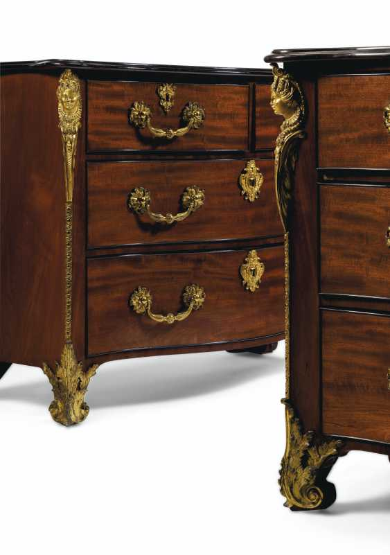 A PAIR OF GEORGE III GILT-BRONZE MOUNTED MAHOGANY, EBONIZED ... - photo 13
