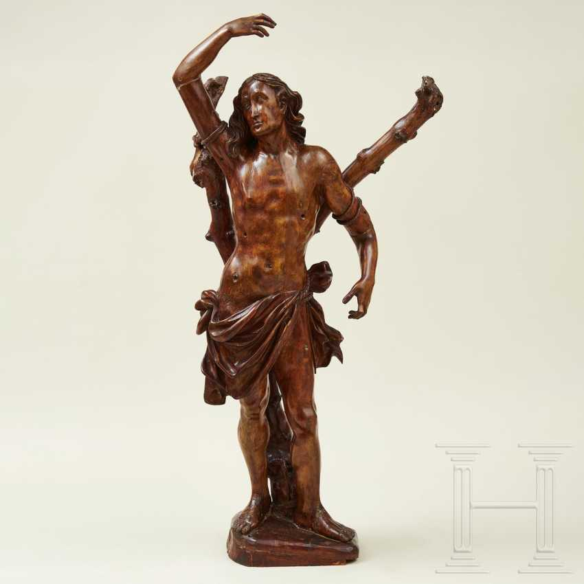 Large sculpture of Saint Sebastian, Southern Germany or Italy, 1st half of the 16th century - photo 1