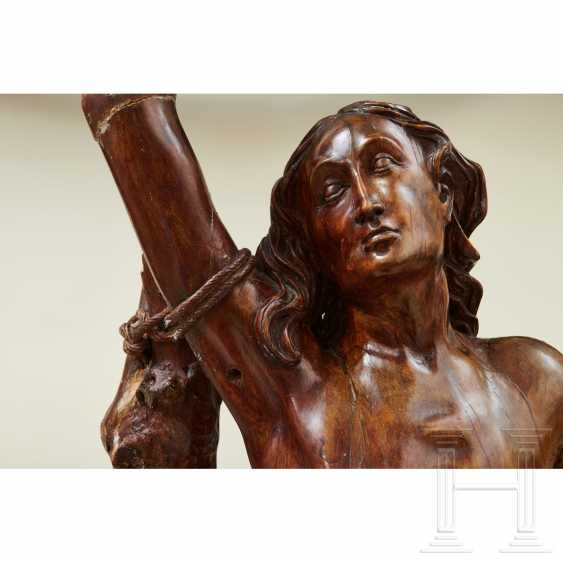 Large sculpture of Saint Sebastian, Southern Germany or Italy, 1st half of the 16th century - photo 2