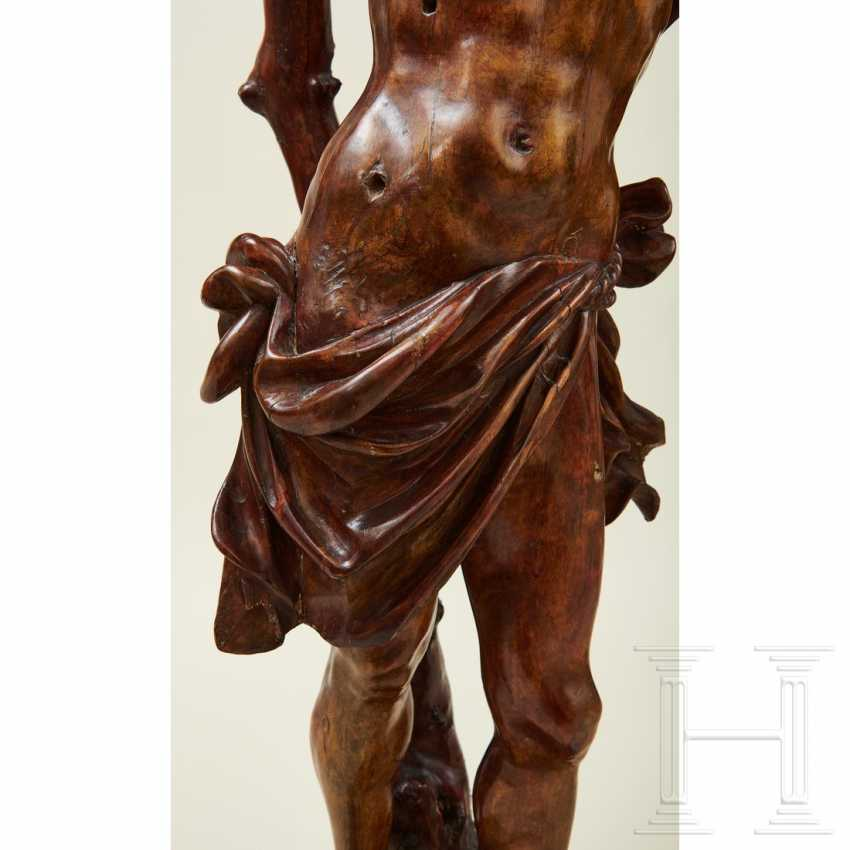 Large sculpture of Saint Sebastian, Southern Germany or Italy, 1st half of the 16th century - photo 3