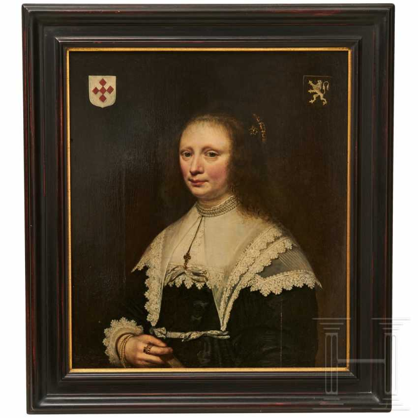 Portrait of a noblewoman, Netherlands, 17th century - photo 1