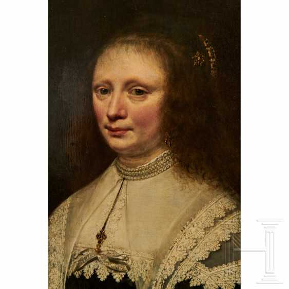 Portrait of a noblewoman, Netherlands, 17th century - photo 3