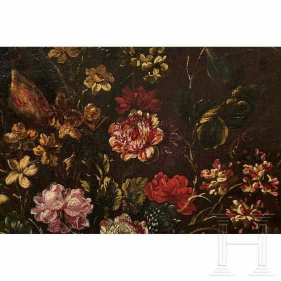 A pair of large flower still lifes, Roman School, Italy, 17th century - photo 13